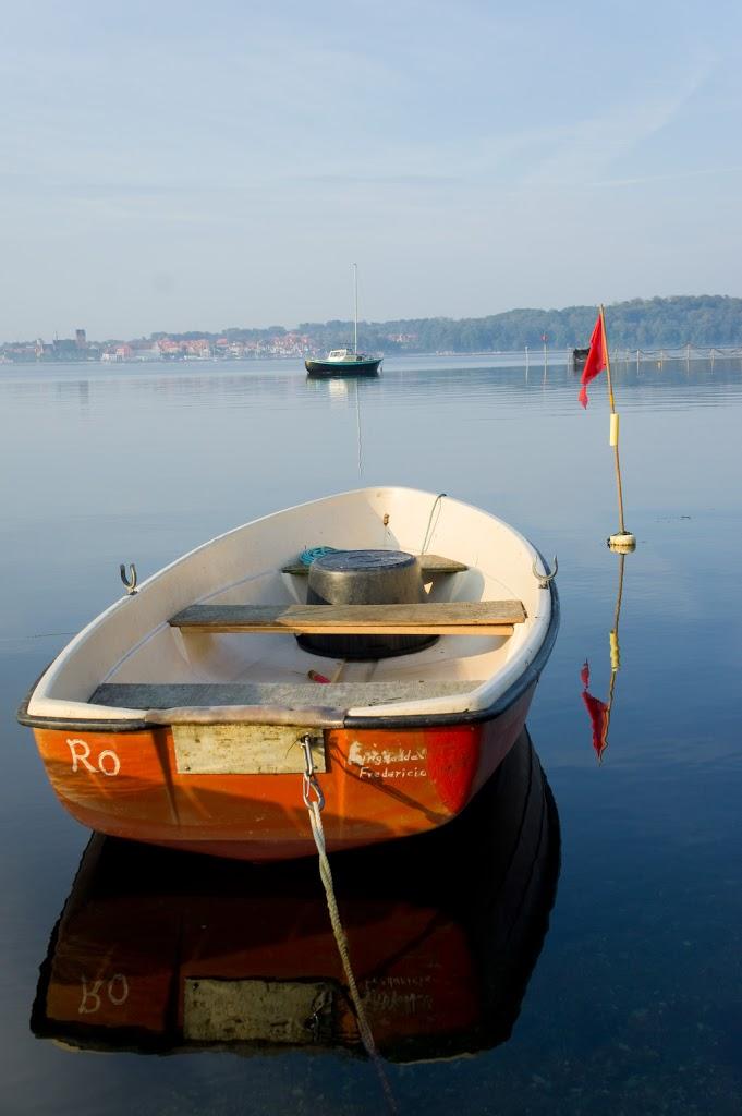 Oprócz domu, samochodu i roweru wypada też mieć łódkę.