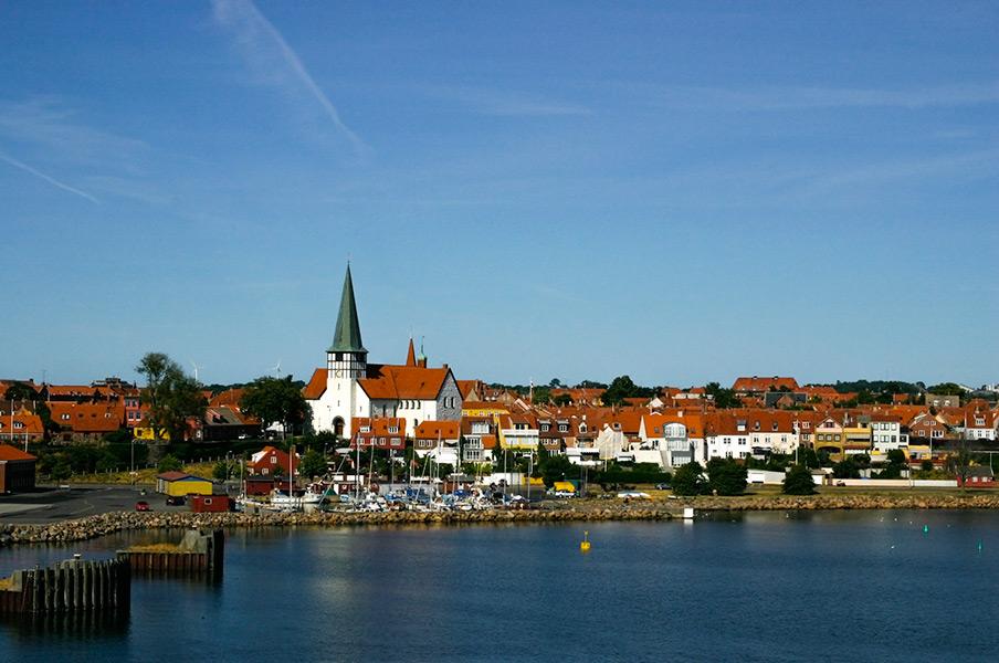 Wejście do portu w Rønne.