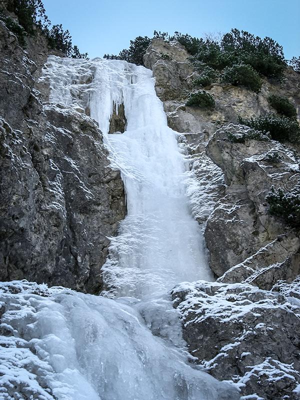 Lodospad Mrozkowa (Mrozekov ľad) pod koniec grudnia 2012.