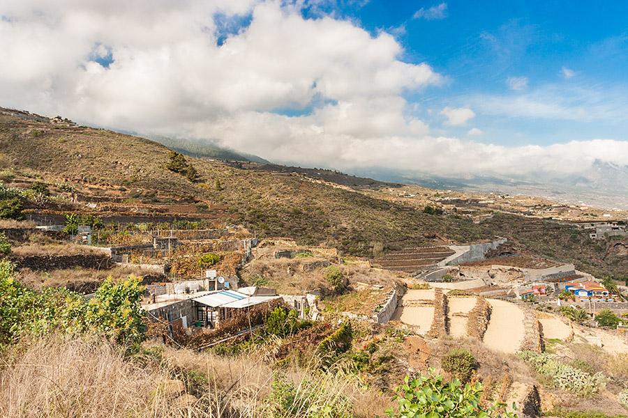 Krajobraz ruralistyczny jakże popularny na pewnej wysokości.