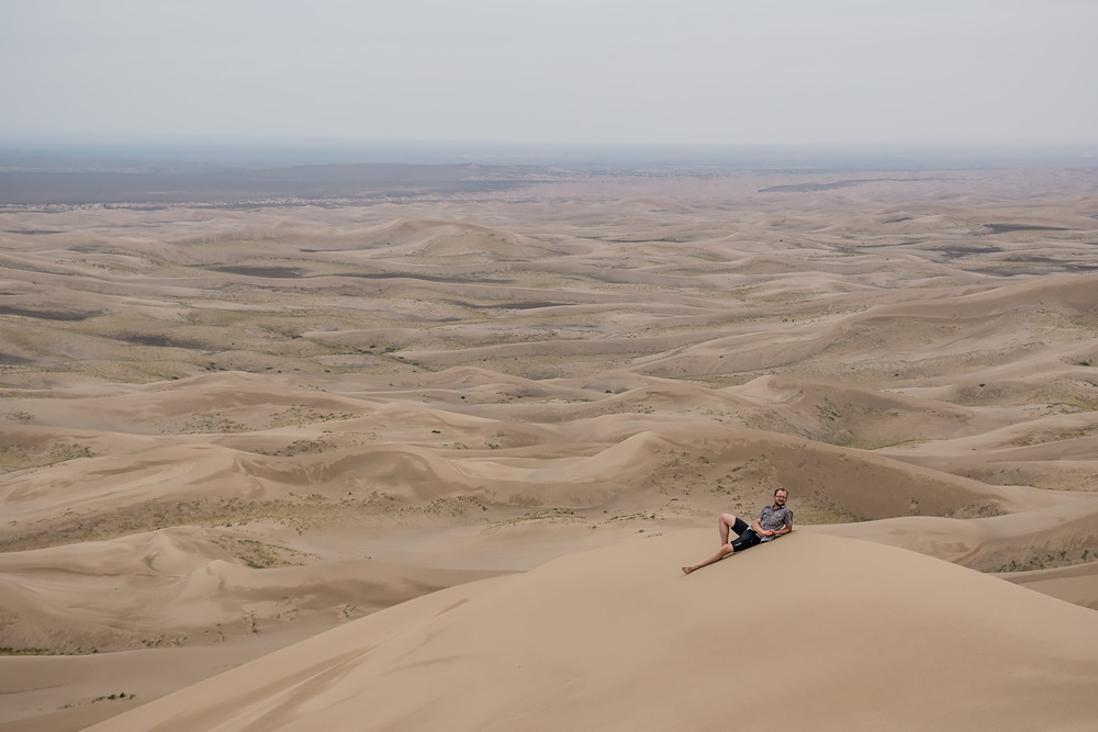 Gdzieś tam daleko na horyzoncie są Chiny, jednak Mongolia wszędzie jest ta sama.