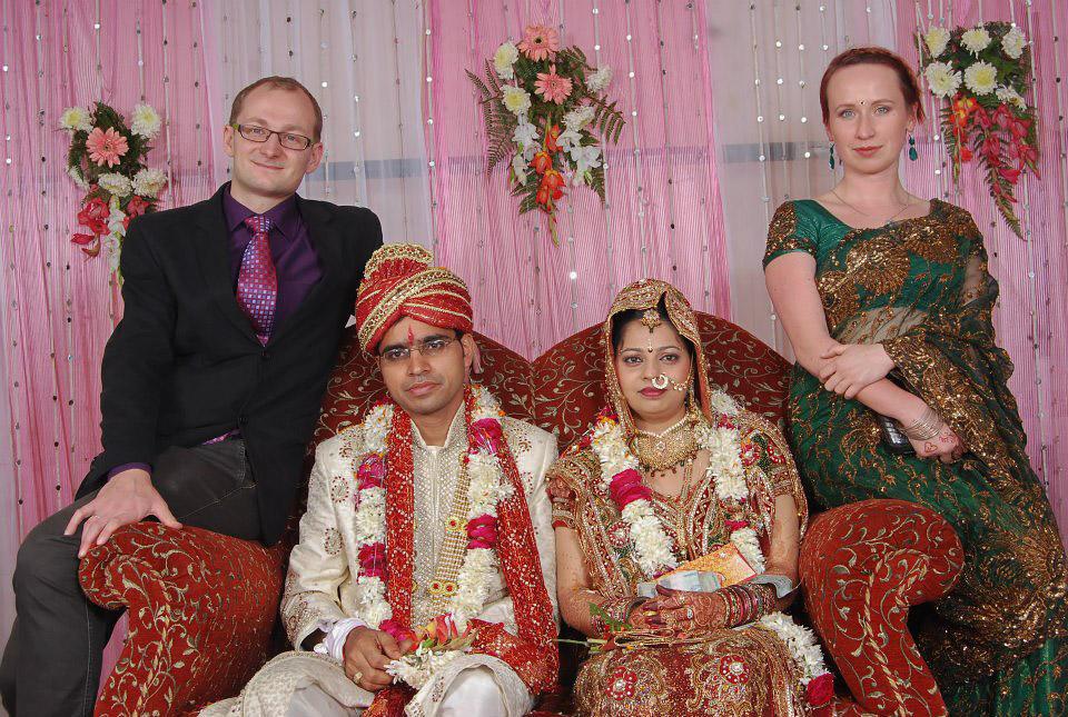 Łukasz Kocewiak i Patrycja Skłodowska na hinduskim ślubie.