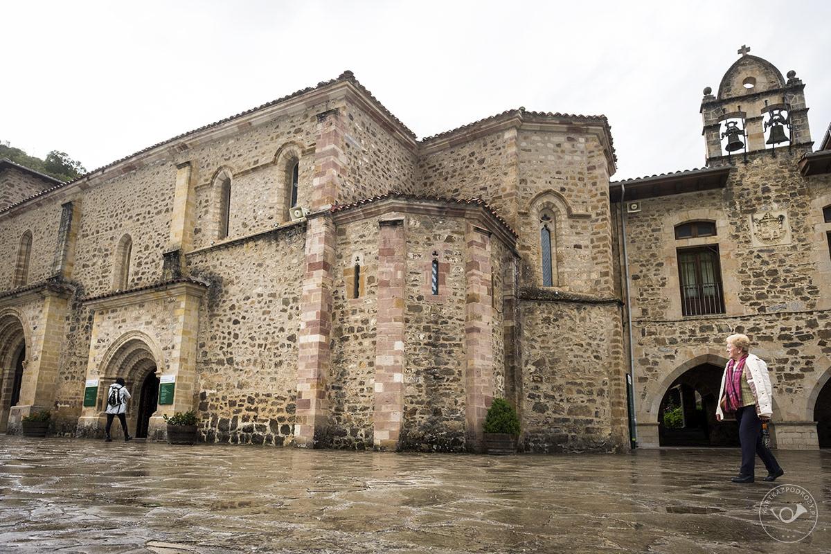 Kantabria-Santo-Toribio-de-Liebana-(5)