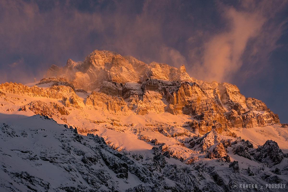 10 górskich przygód - Aconcagua o zachodzie słońca
