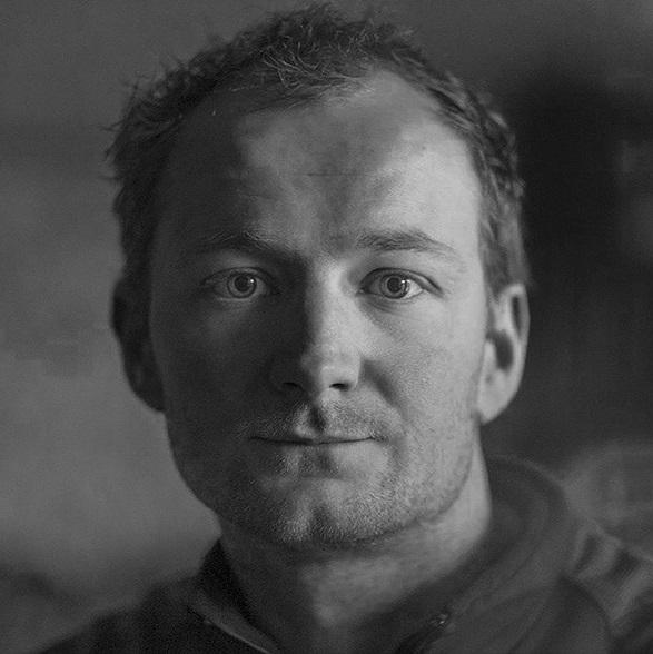 """Łukasz Kocewiak, autor książki """"Aconcagua. W cieniu Śnieżnego Strażnika"""""""